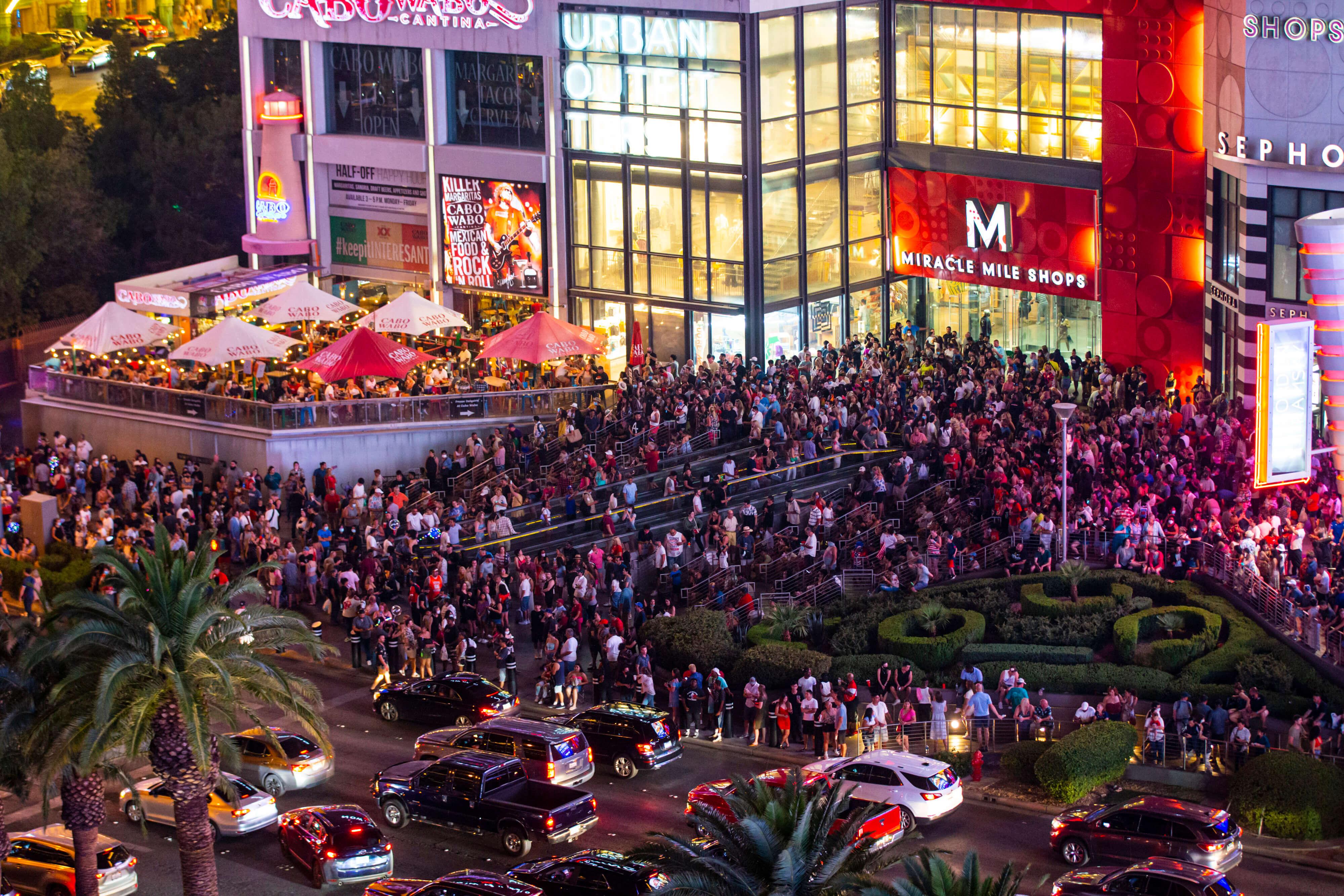 crowd watches fireworks in las vegas