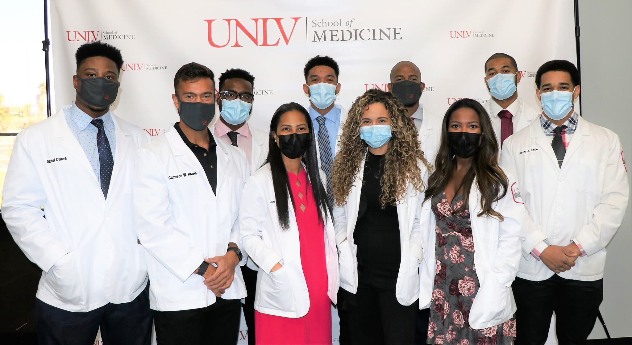 team of doctors with masks